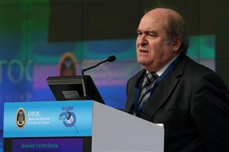 """Domingues Azevedo diz que os efeitos diretos para os cidadãos """"não vão ser percetíveis já"""""""