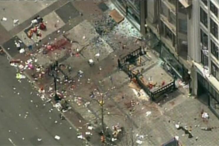 """Pelo menos três mortos e mais de 130 feridos em """"ato terrorista"""" na maratona de Boston"""