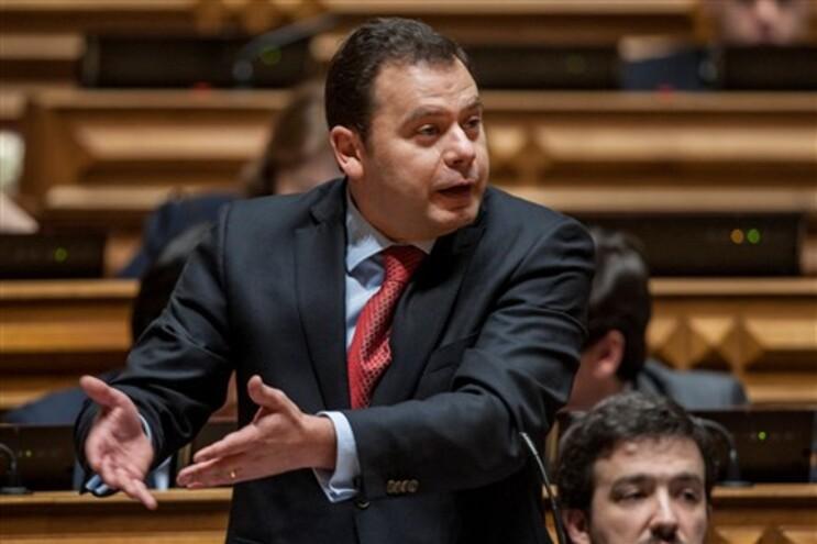 Luís Montengro revelou posição do PSD sobre o tema