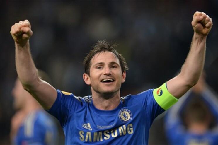 Frank Lampard renova com o Chelsea até 2014