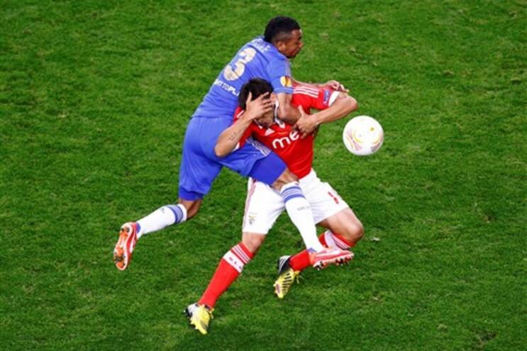 UEFA elege Salvio como uma das jovens estrelas da Liga Europa