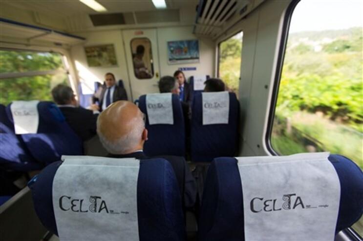 Viagem inaugural da linha renovada entre Porto e Vigo