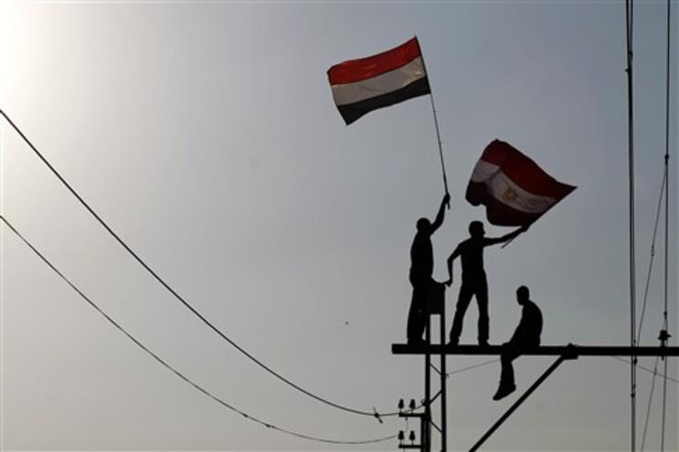 Egípcios festejam deposição de Morsi