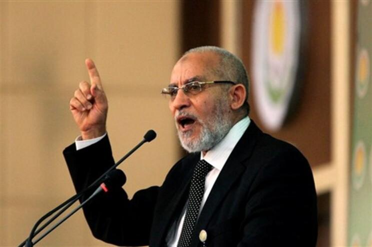 O líder foi detido por ter apelado à morte dos manifestantes que exigem a demissão do presidente