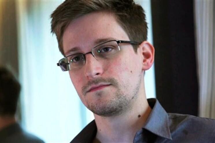 Segundo o seu relato, os serviços secretos alemães beneficiaram da informação obtida graças ao programa