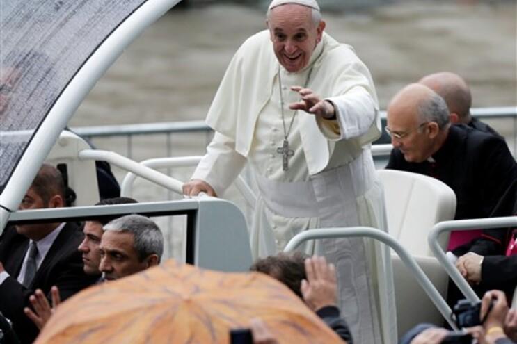 Papa Francisco dá grande atenção às pessoas