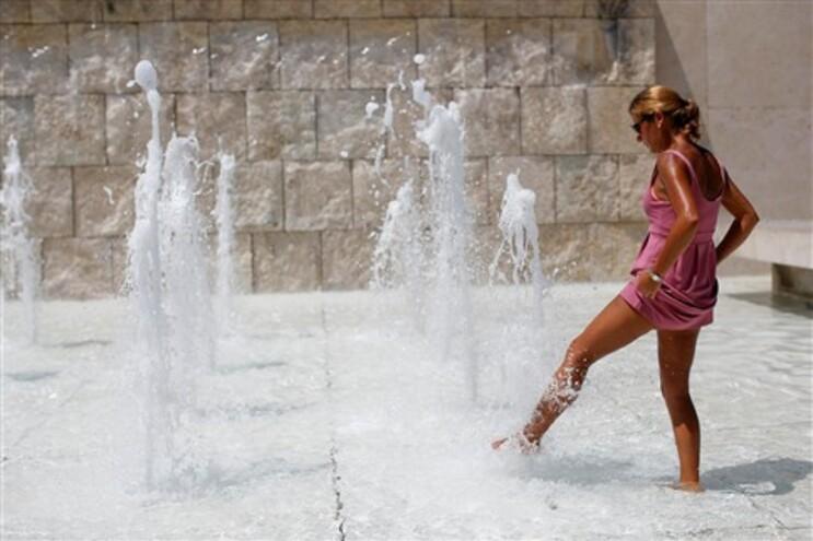 Temperaturas a subir no início de uma semana de verão