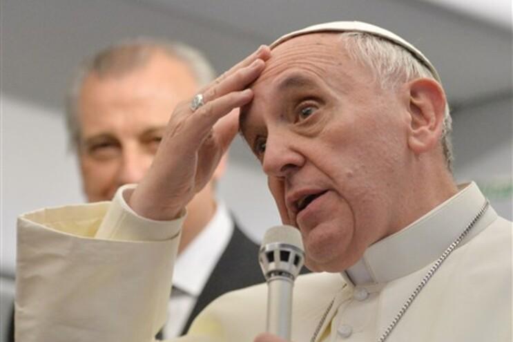 """Papa Francisco: """"Quem sou eu para julgar um homossexual que procura Deus?"""""""
