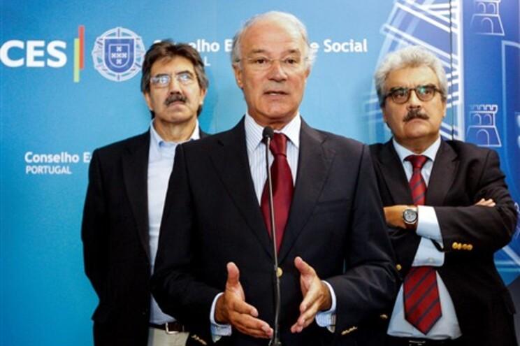 """Arménio Carlos diz que, na prática, o que vamos ter em 2014 é """"a necessidade de continuar a solicitar"""