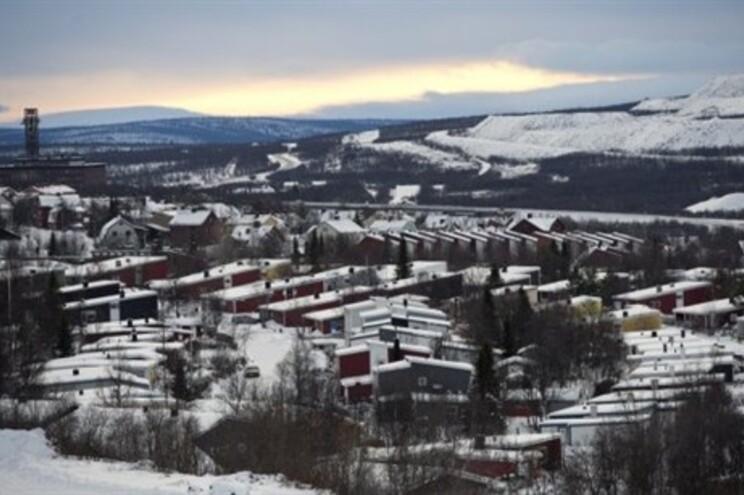 A cidade situa-se na extremidade norte da Suécia