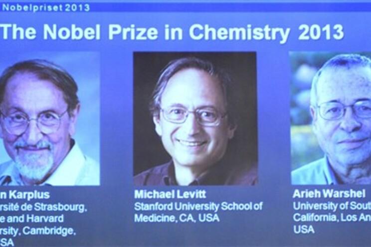 Investigadores premiados com o Nobel da Química 2013