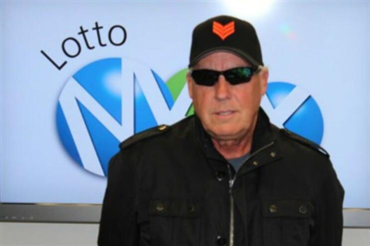 Tom Crist ganhou a lotaria em maio, e guardou o segredo até agora