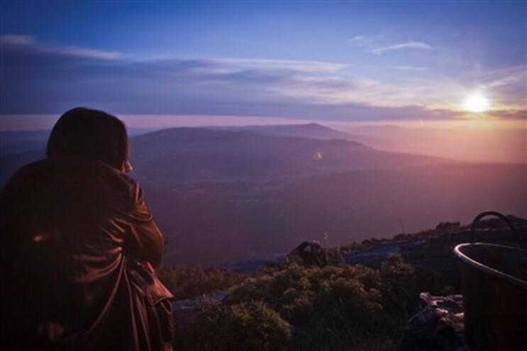 O solstício é um momento a partir do qual os dias vão de novo gradualmente a ser maiores no hemisfério
