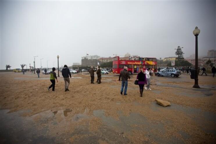 Mar está a causar destruição na zona costeira