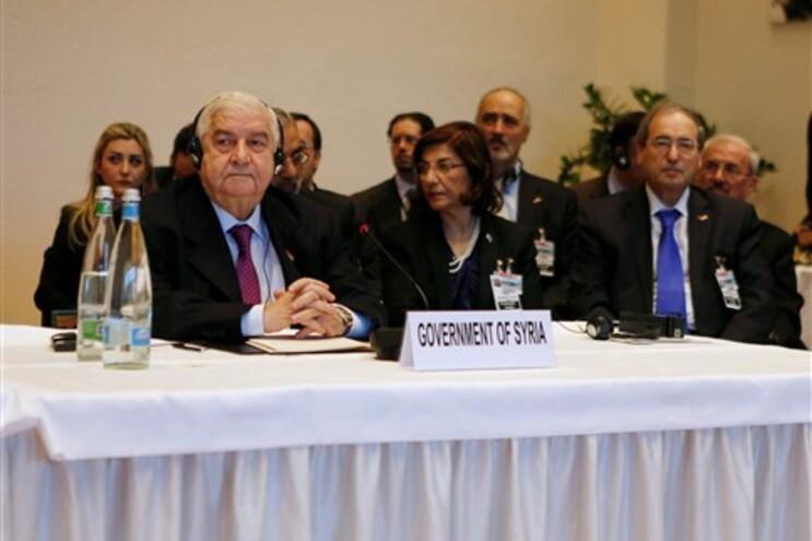 Delegação síria na conferência de paz Genebra II