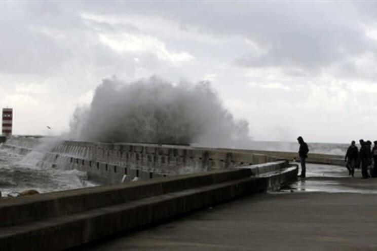 Marginal marítima do Porto cortada a partir das 18 horas
