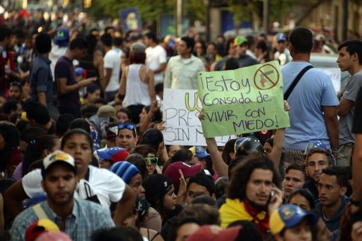Manifestações populares contra o Governo de Nicolas Maduro
