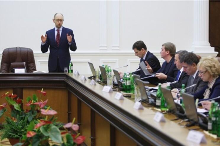 Novo primeiro-ministro da Ucrânia, Arseniy Yatsenyuk