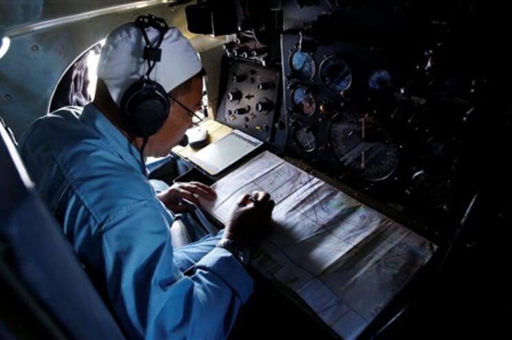 Prosseguem as operações para localizar o avião