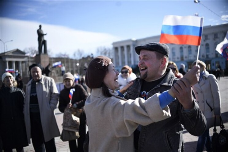 Parlamento da Crimeia aprovou resolução pela qual declara a região independente da Ucrânia