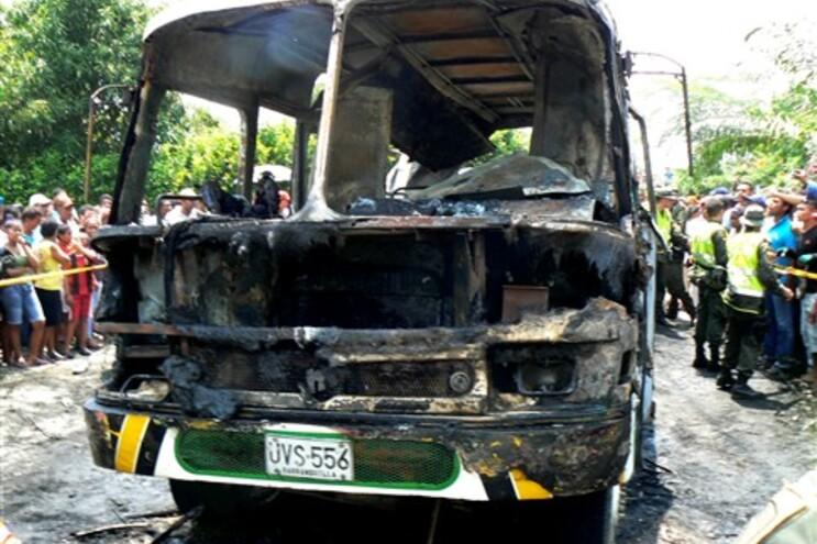 Incêndio num autocarro mata 31 crianças na Colômbia