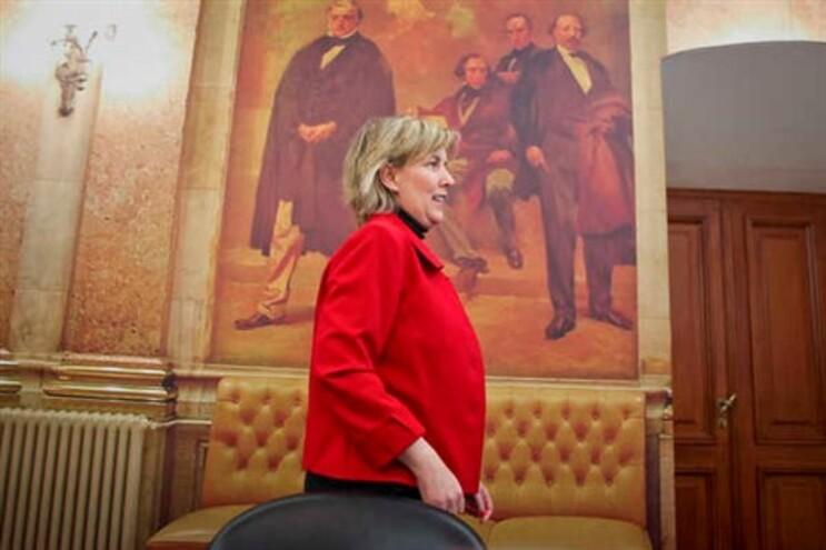 Governo quer clarificar constitucionalidade sobre pensões e salários