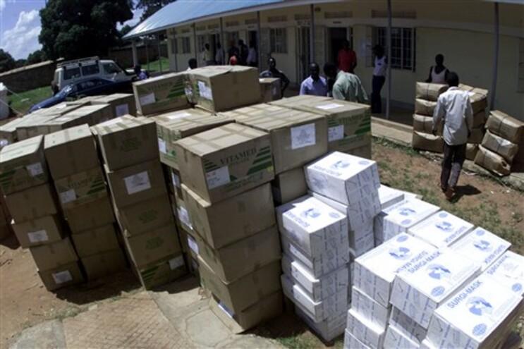 Portugal envia 15 toneladas de medicamentos para Guiné-Bissau prevenir Ébola