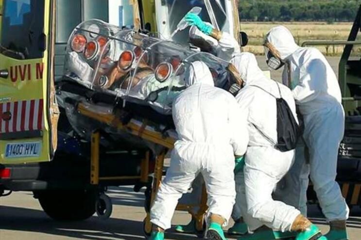 Padre espanhol infetado com Ébola na Libéria foi transferido para Madrid