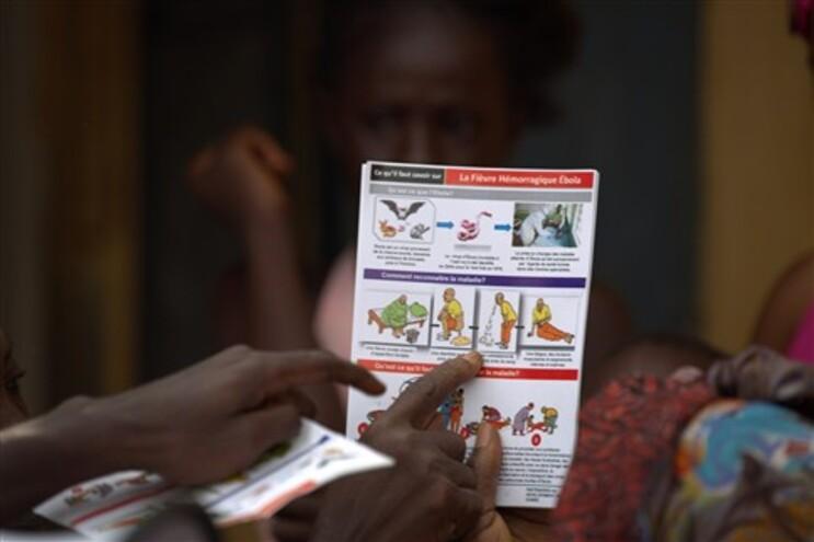 Cidadão britânico infetado com vírus Ébola
