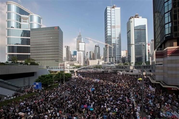 China adverte contra eventual ingerência externa em Hong Kong