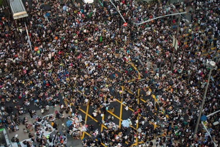 Cruz Vermelha assistiu mais de 130 pessoas no protesto em Hong Kong