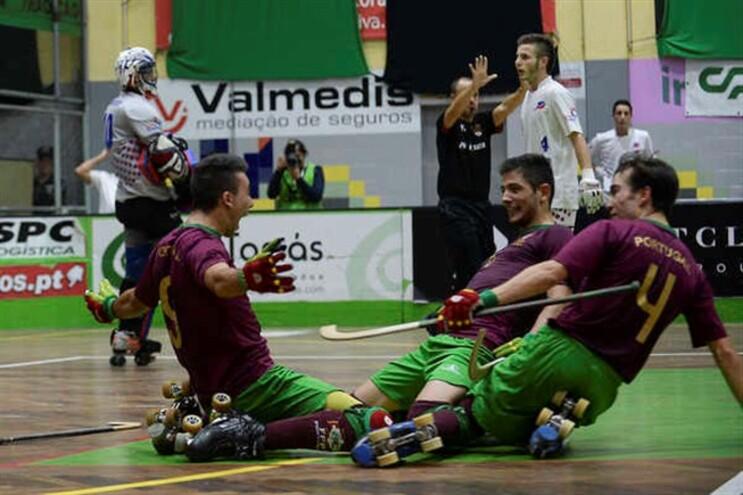 Jogadores portugueses festejam em Valongo