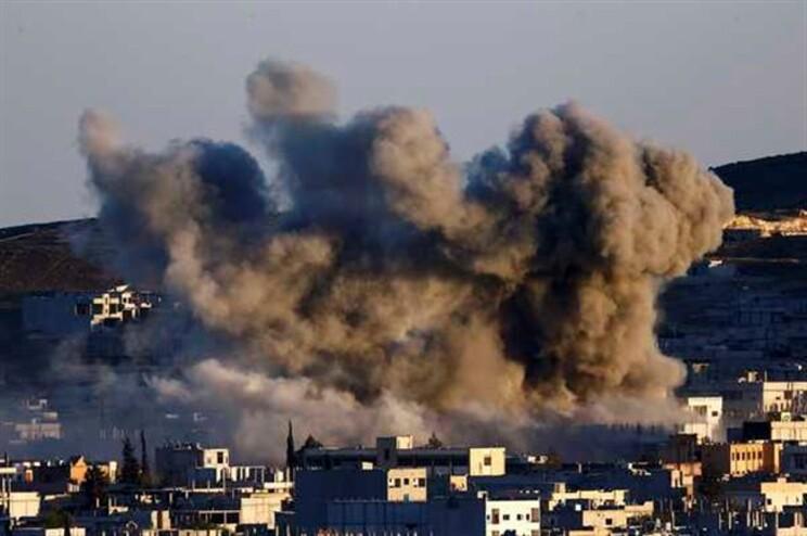 Cidade síria de Kobane está debaixo de fogo