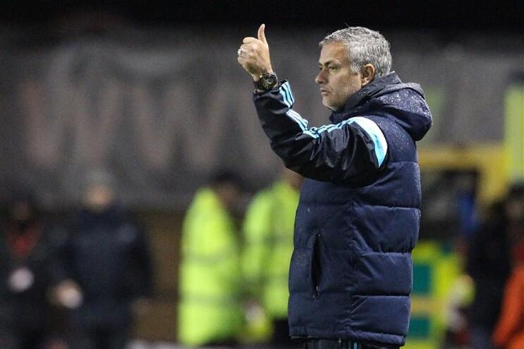 Equipa de Mourinho sentiu algumas dificuldades para vencer o Shrewsbury