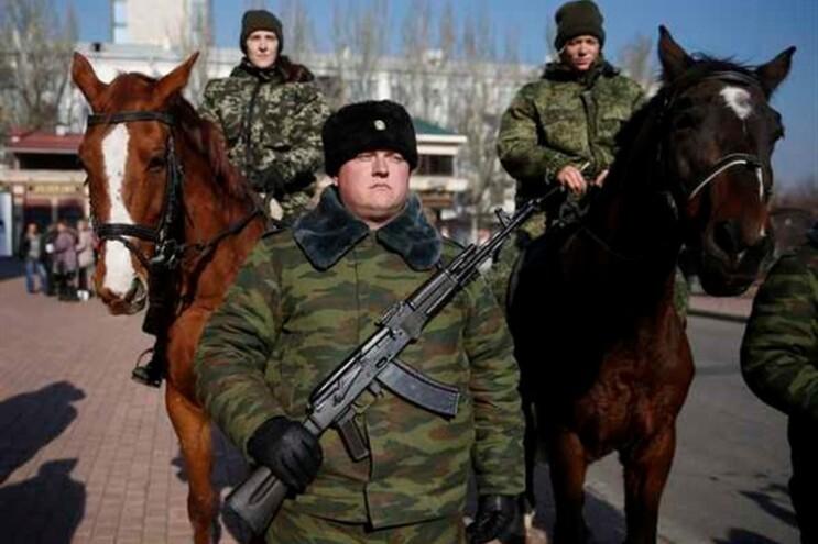 Guardas do líder separatista de Donetsk, Alexander Zakharchenko