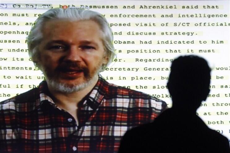 Julian Assange diz que estamos todos sob vigilância na Net