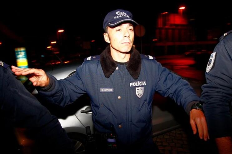 Um forte cordão policial rodeou a saída de José Sócrates do Campus da Justiça