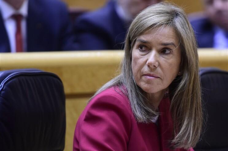 Ana Mato garante que esta decisão não implica que seja culpada