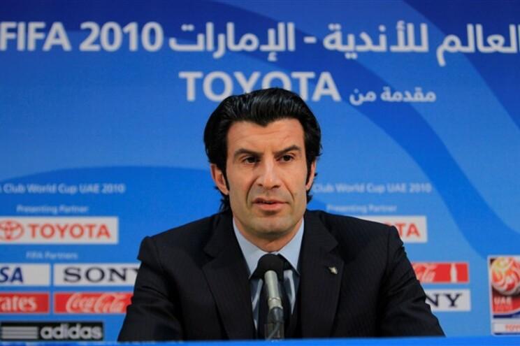 Além de Figo, concorrem às eleições da FIFA mais quatro candidatos