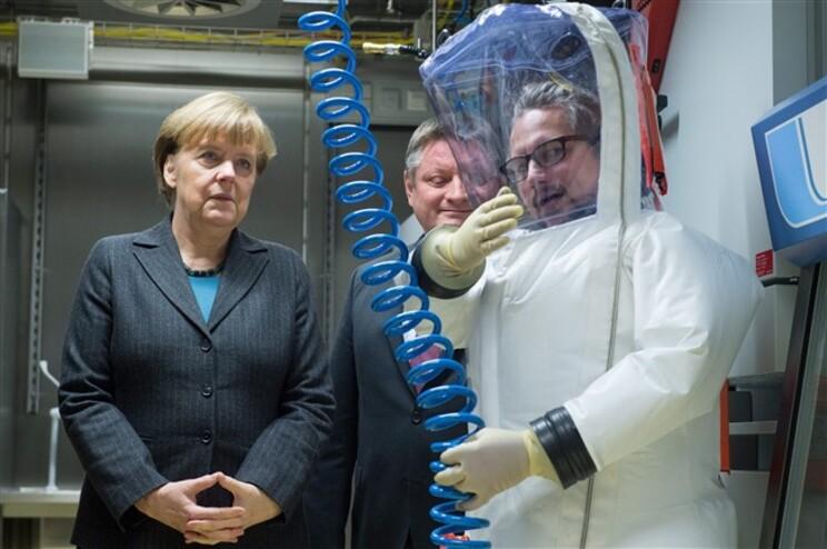 Deputados alemães da CDU, partido liderado pela chanceler Angela Merkel, pediram a Atenas para tributar