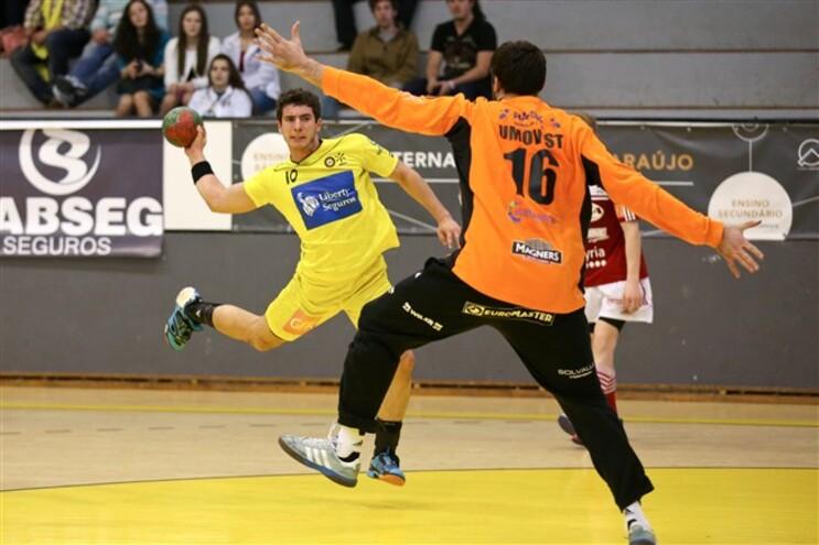 Diogo Branquinho, à esquerda, bateu o guarda-redes do KR Cocks por três vezes