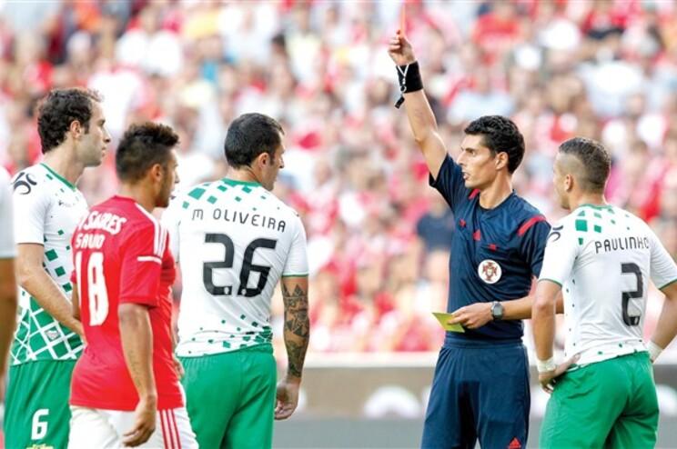 A expulsão de Marcelo Oliveira aconteceu quando o Moreirense vencia na Luz (1-0), na quinta jornada.