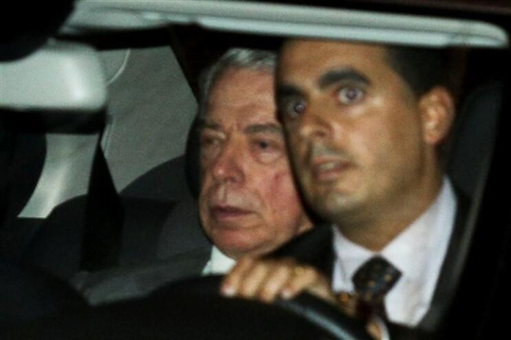 Ricardo Salgado à saída do Tribunal de Instrução Criminal em Lisboa