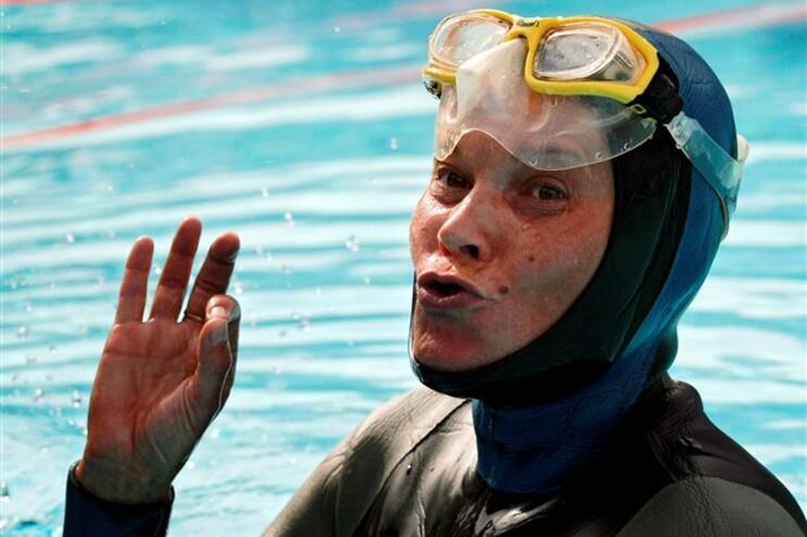 A russa Natalia Molchanova, campeã mundial de mergulho em apneia