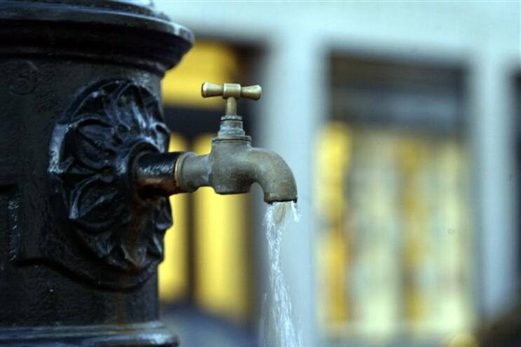 Ainda há 12 mil portugueses sem água em casa