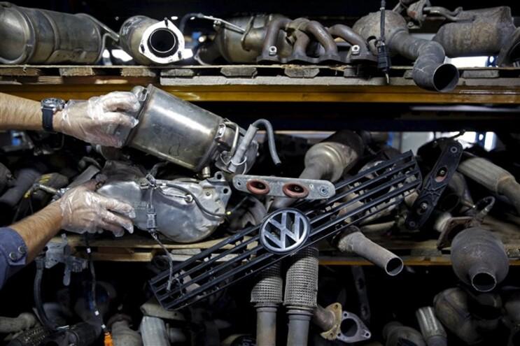 A Volkswagen já suspendeu dois engenheiros de topo no âmbito do escândalo da manipulação de emissões