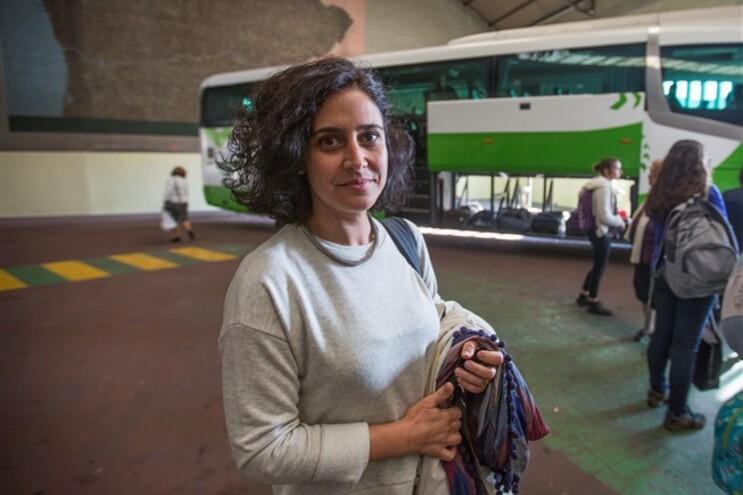 Ivete Gonçalves desloca-se de Vila Real para o Porto todos os dias de autocarro