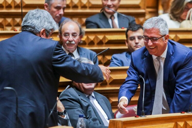 """Fernando Negrão disse sentir que neste momento existem """"dois blocos"""" no parlamento"""