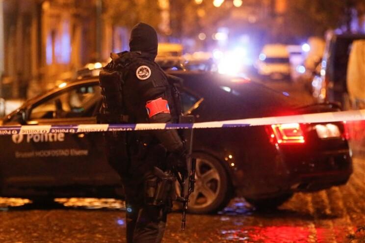 Duas dezenas de operações em Bruxelas saldam-se em 16 detenções