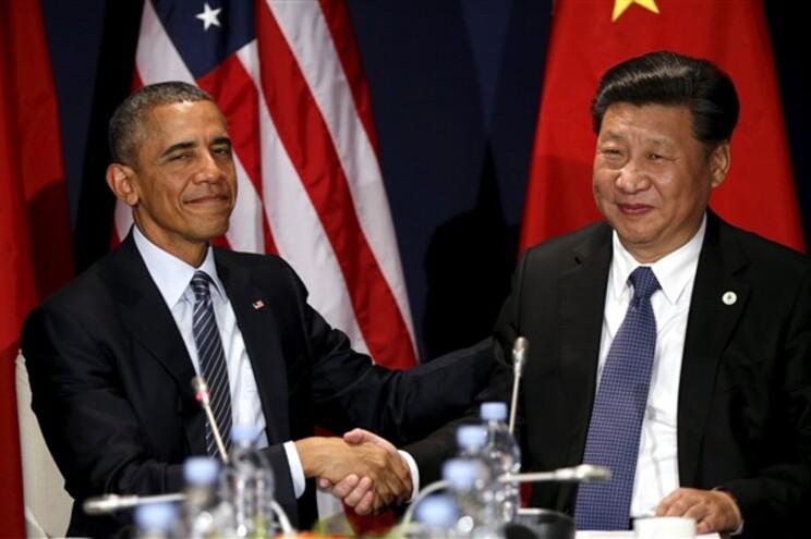 O presidente dos EUA, Barack Obama, e o homólogo chinês, Xi Jinping, de acordo com a necessidade de reduzir